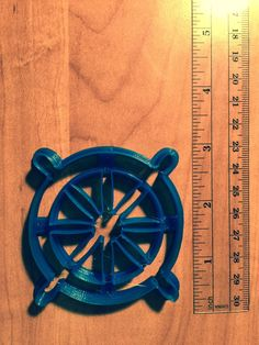 Ship wheel cookie cutter  #cookies #Decorating #cookiecutter #cookies🍪 #caketoppers #cakedesign #royalicing #cookiedough #3dprinted #fondant
