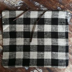 shop fog linen — Canna Pouch Large: Black/Natural Check