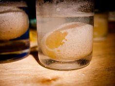 Eklem ağrılarını gideren elma sirkesi yumurta kabuğu tedavisi Eklem ağrılarını gideren elma sirkesi yumurta kabuğu tedavisi eskiden j...