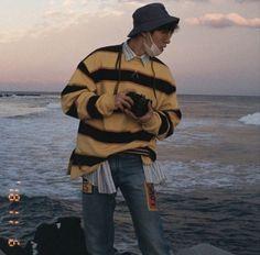 I love You Hanbin. Bobby, Ikon Member, Ikon Wallpaper, Kim Hanbin, Kpop, Boyfriend Material, Music, Husband, Flower