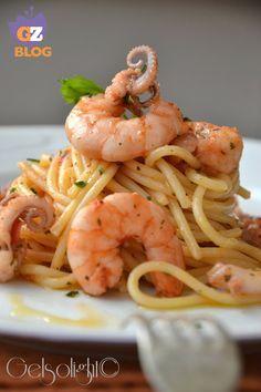 Spaghetti con Sugo do Peace Veloce Fish Recipes, Pasta Recipes, Cooking Recipes, Healthy Recipes, Pasta Casera, Spaghetti, Italian Pasta, Pasta Dishes, Italian Recipes