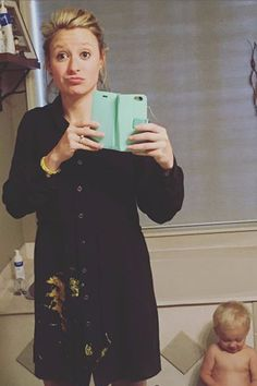 23 Real Selfies That Perfectly Sum Up What It's Like to Be a Mom