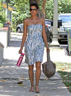 Halle Berry Strapless Dress - This strapless print design makes for the perfect summer day dress.