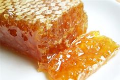 Lămâia, ghimbirul şi seminţele de chia sunt trei alimente care stimulează pierderea în greutate.