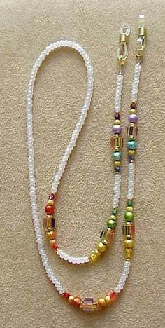 Rainbow Furnace Glass Eyeglass Chain Holder por en Etsy Informations About Rainbow Furnace Glass Eyeglass Chain Holder Pin You Waist Jewelry, Boho Jewelry, Beaded Jewelry, Handmade Jewelry, Fashion Jewelry, Jewelry Design, Beaded Bracelets, Etsy Jewelry, Crystal Jewelry