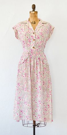 vintage 1940s dress | 40s floral dress #1940sdress #40sdress