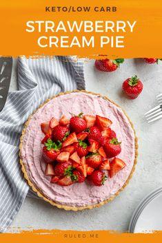 I love using fresh strawberries in this keto strawberry cream pie! Tart but a sweet dessert, you'll love this keto strawberry pie! #ketopie #ketodesserts #ketotarts Light Desserts, Keto Desserts, Sweet Desserts, Keto Snacks, Frozen Strawberries, Strawberries And Cream, Strawberry Cream Pies, Low Carb Vegetarian Recipes, Quick Snacks