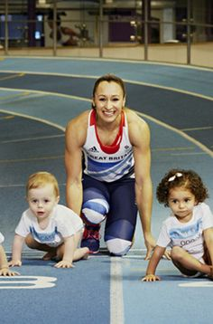 Mum and children Jess Ennis, Jessica Ennis Hill, Dina Asher Smith, Military Training, Extreme Sports, Track And Field, Female Athletes, Sports Women, Fit Women