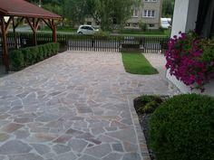 Přírodní kamenná dlažba porfyr kolem domu Pathways, Gardening, Patio, Landscape, Outdoor Decor, Home Decor, Hampers, Flooring, Flats
