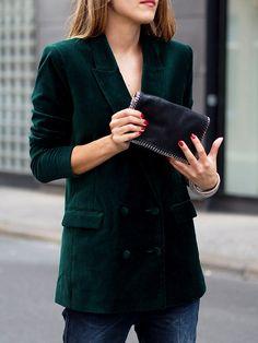 #velvet #blazer #weekday #denim #jeans #boyfriend #autumn #fall #trends #fashion #streetstyle #berlin #ootd #blogger #helloshopping