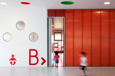 "Escuela Infantil ""Pablo Neruda"" / ""Pablo Neruda"" School - Archkids. Arquitectura para niños. Architecture for kids. Architecture for children."