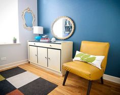 Image by Yellow Brick Home - Wall Color Behr Silver Screen (barely gray) and Distance (navy) Office Paint Colors, Blue Paint Colors, Grey Paint, Wall Colors, Home Wall Colour, House Colors, Blue Rooms, Blue Walls, No Sew Pillow Covers