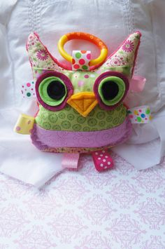 Baby Girl toy plush crinkle owl soft cottons by Sassydoodlebaby, $10.00