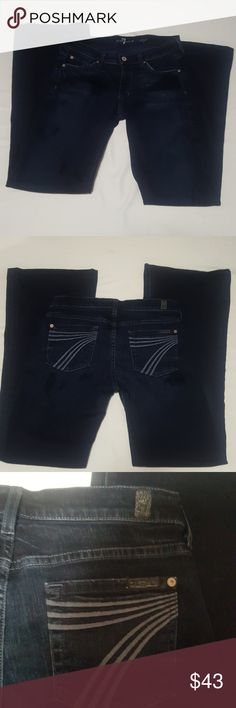 """Seven for  all mankind dojo wide leg jeans Pre owned seven for all man kind wide leg jeans.  31"""" long with wide leg bottom.  Has some wripples around front.  Otherwise great used condition. 7 For All Mankind Jeans Flare & Wide Leg"""