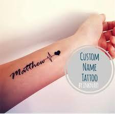 Bildergebnis für tattoos kindernamen handgelenk
