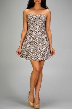 salediem.com has C.Luce for less. Shipping is FREE!! A strapless sweetheart floral vine printed cocktail dress with tie detail back.