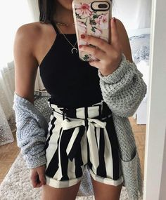 Cute date night/night out outfit (sans sweater of course) casual night out Spring Outfits, Trendy Outfits, Fashion Outfits, Womens Fashion, Outfits Date, Ladies Fashion, Summer Outfits For Vacation, Disco Outfits, Fashion Ideas