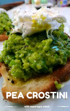 The Chew made a #GimmeFive recipe for Pea Crostini and Asparagus Salad, inspired by the 5th anniversary of First Lady Michelle Obama's Let's Move campaign. http://www.foodus.com/gimmefive-pea-crostini-recipe-with-poached-eggs-asparagus-salad/