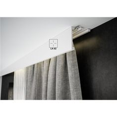 Living Room Decor Curtains, Ceiling Curtains, Living Room Windows, Window Treatments Living Room, Work Lights, Studio Apartment, New Homes, Wall Decor, House Design