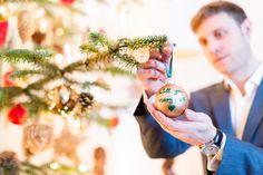 Hochzeitsantrag unter dem Weihnachtsbaum - eine ganz stimmungsvolle Verlobung Braut Make-up, Xmas Tree, Wedding Pie Table, Fairy
