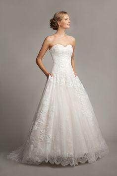 My Mark Lesley Wedding dress (7180) So pretty :D