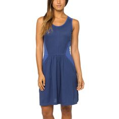 Shapely, soft, and sweet, the Prana Women's Maisy Dress is the perfect all-around dress for summer picnics, travel, and casual days out.