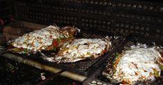 4 tomates grandes  - 2 cebolas  - 2 kg de peixe (piapara, piauçu, pacu)  - Azeitona descaroçadas a gosto  - 1 copo de requeijão  - 2 limões  -