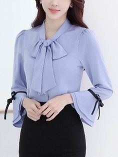 Women S Shoes Vocabulary Blouse And Skirt, Blouse Dress, Blouse Styles, Blouse Designs, Bell Sleeve Blouse, Bell Sleeves, Hijab Fashion, Fashion Dresses, Sewing Blouses