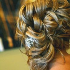 Prom hair do? Cute Hairstyles Updos, Homecoming Hairstyles, Wedding Hairstyles, Formal Hairstyles, Wedding Hair And Makeup, Bridal Hair, Hair Makeup, Love Hair, Gorgeous Hair