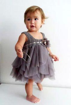 Vestido para niña tejido