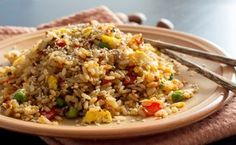 Healthy Fried Rice Recipe - Clean Eating And Simple To Prepare Arroz Frito, Panda Express Fried Rice, Healthy Fried Rice, Rice Recipes, Healthy Recipes, Pork Fillet, Clean Eating, Healthy Eating, Vegetable Rice