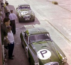 A couple of factory MG A Twin Cams at Sebring in 1960. Steve would love these too. I bet their a little bit faster than the Midget lol.