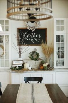 farmhouse-fall-decorating-ideas-15-1-kindesign