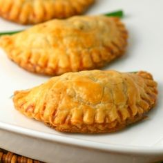 jamaican beef turnovers recipes dishmaps jamaican beef patties apple ...