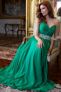 Jovani - 88238 - Emerald - (Also available also in Blush, Purple, Red)
