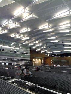 Control room of Hong Kong international airport by Design Systems - Dezeen