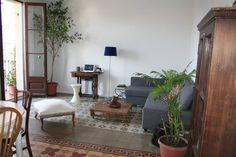 Ganhe uma noite no Modernist bedroom with own bathroom em Barcelona no Airbnb!