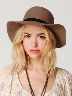 Floppy felt hat - love this, brown and black will go with all of my ponchos and shoes/boots!