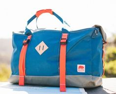 The Great Escape Duffel is the first duffel created specifically for overnight camping. Offering plenty of interior storage for layers, toiletries, and essential tools, this duffel also includes straps for attaching sleeping pads, tents, and other bulky, overnight necessities. Great for folks interested in short, overnight camping trips, but also perfect for weekend excursions.