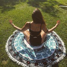 Round_towel_boho_elephant!!!Τελευταία κομμάτια!!!Ευχαριστούμε @nikol.teta!💜 Για την όμορφη φωτογραφία!#sunandsandgr #roundtowels #bohemian #boho #bohogypsy #beachlife #beachgirls #beachlovers #beachmoments #yogatime #summer #chalkidiki #greece