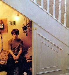 under stairs bed | Clever Uses for the Space Under the Stairs | Apartment Therapy