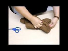 Como Fazer um Urso com Toalha de Banho. - YouTube
