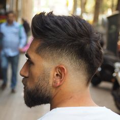Faux Hawk Hairstyles, Cool Hairstyles For Men, Cool Haircuts, Messy Hairstyles, Haircuts For Men, Fashion Hairstyles, Fohawk Haircut Fade, Disconnected Haircut, Fringe Haircut