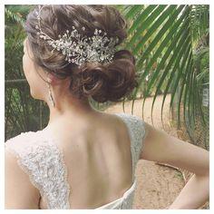 素敵な小枝アクセ #hawaii #hawaiiwedding #updo #chignon #ハワイ#ハワイウェディング#ヘアアレンジ#ヘアメイク#シニヨン#プレ花嫁#小枝アクセサリー