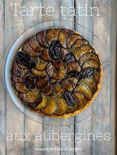 Eggplant tarte tatin - LE JARDIN ACIDULÉ Summertime is coming. Tart Recipes, Healthy Salad Recipes, Veggie Recipes, Gourmet Recipes, Vegetarian Recipes, Easy Snacks, Easy Meals, Food Presentation, Food Inspiration