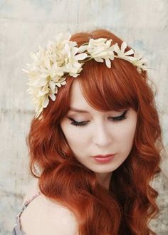 coroa de flores para cabelo de noiva #casarcomgosto