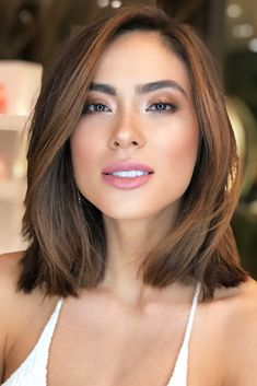 straight medium length haircuts, straight hairstyles, medium length hairstyles, new hairstyles in 2019 - Medium Style Haircuts Medium Short Haircuts, Round Face Haircuts, Haircuts For Long Hair, Medium Hair Cuts, Short Hair Cuts, Short Hair Styles, Haircut For Medium Length Hair, Long Face Short Hair, Long Bob Thin Hair