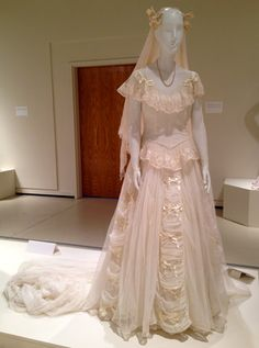 """Photo gallery of vintage wedding dresses & bridal gowns in """"American Brides: Inspiration & Ingenuity"""" in Denton, TX on exhibit June 28 - Oct 2014 Classic Wedding Gowns, Wedding Dresses 2014, Wedding Attire, Bridal Dresses, Vintage Bridal, Vintage Couture, Vintage Lace, Bridal Style, Vintage Dresses"""