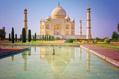 Explore the Taj Mahal in Agra, India with General Tours. Picture courtesy of General Tours.