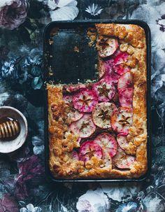 Apple frangipane honey tart